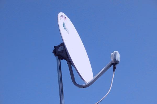 BSアンテナを屋根へ移設