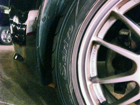 タイヤを替えてきました
